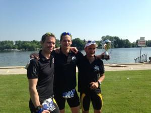 Vereinsmeister Stefan Richter (mitte) mit den beiden Zweitplatzierten Alex Jung und Hardy Wiedemann