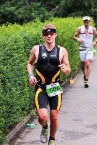 Erfolgreiches Debüt über die Langdistanz sowie den ersten Marathon. Tobias Ullrich zeigte ein starkes Rennen