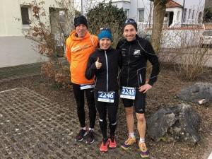 Drei schnelle Halbmarathonis: Heinz Treimer, Manuela Müller und Daniel Treimer (v.l.n.r.)