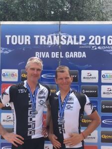 Das Team Fifty-Fifty um Thomas Kopp und Rainer Stahl meisterten die TOUR Transalp mit Bravur!